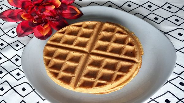 Simple (Healthy) Waffle Recipe